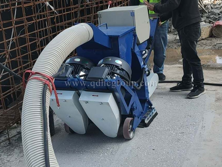 Special pavement shot blasting machine for floor waterproof layer treatment